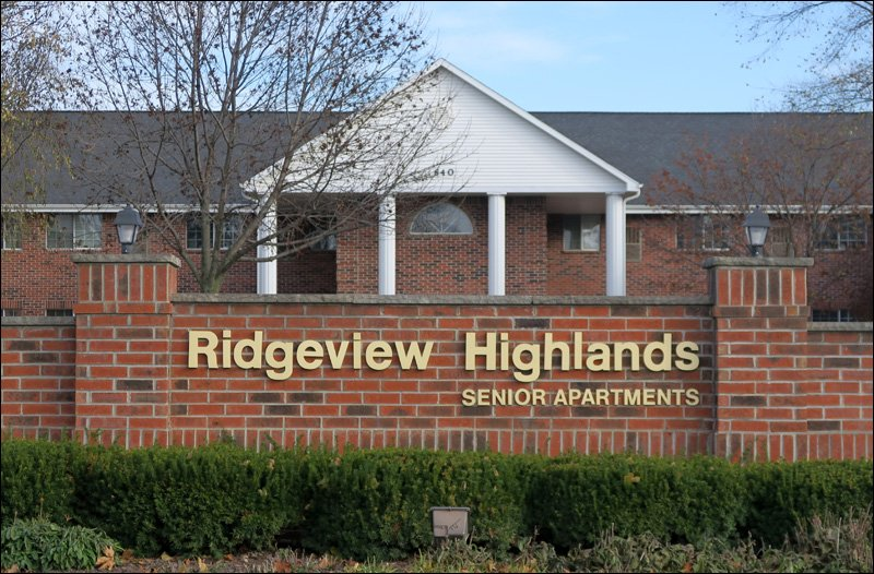 Ridgeview Highlands Senior Apartments Sign