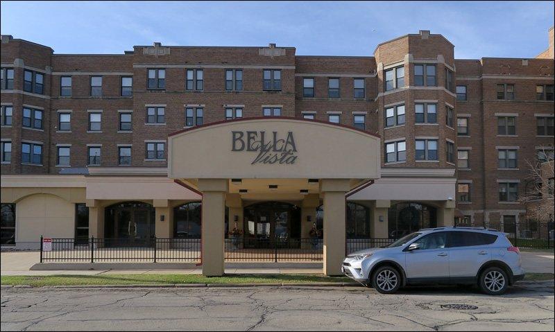 Bella Vista Entrance