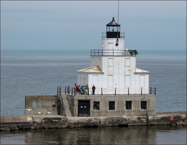 Manitowoc North Breakwater Lighthouse, south view