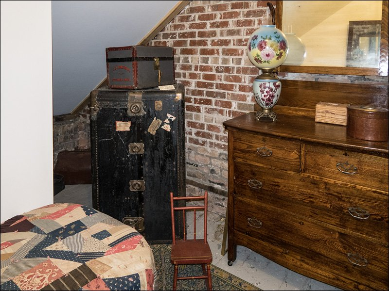 Sand Point Lighthouse - Bedroom